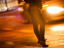Prostituierte am Straßenstrich in der Hansastraße in München, 2012