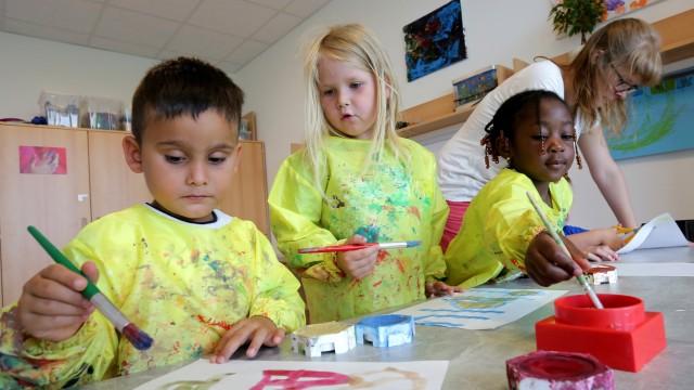 Die Kinderbetreuungskosten in Freising steigen 2018