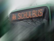Symbolfoto Schulbus