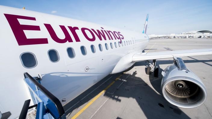 Eurowings-Flugzeug auf einem Flughafen