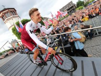 Cycling - The 104th Tour de France