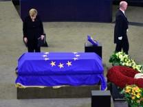 European Parliament Holds Helmut Kohl Memorial