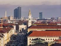 Germany Munich cityscape with Theatine Church PUBLICATIONxINxGERxSUIxAUTxHUNxONLY THAF01888