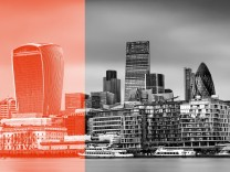 The City of London viewed across the River Thames from City Hall. PUBLICATIONxINxGERxSUIxAUTxONLY Copyright: xIanxGood/LOOPxIMAGESx IGD1431603    The City of London viewed across The River Thames from City Hall PUBLICATIONxINxGERxSUIxAUTxONLY Copyright xI