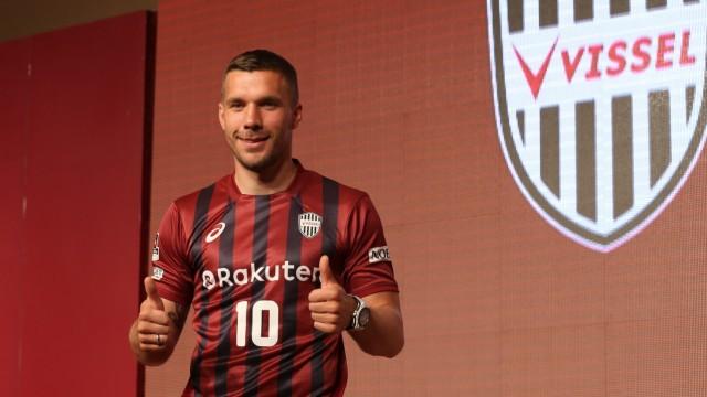 Vissel Kobe Introduces New Player Lukas Podolski