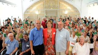 Flüchtlinge in Bayern Treffen der Freiwilligen
