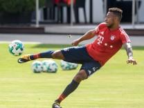 FC Bayern Training mit Neuzugang Tolisso