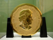 Razzia nach Goldmünzen-Diebstahl in Berlin