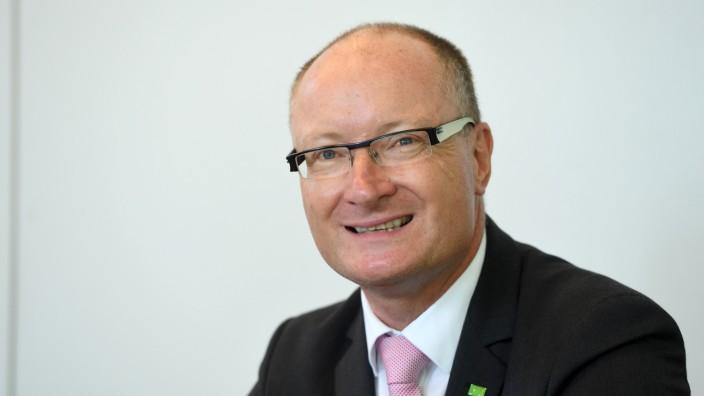 Helmut Nawratil, Vorstand der Bezirkskliniken Mittelfranken
