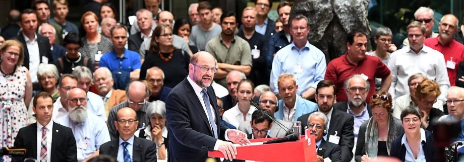 SPD-Kanzlerkandidat Schulz präsentiert Zukunftsplan