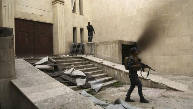 Zerstörungen im Mossul Museum