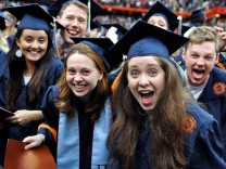 Graduates USA Student Loans