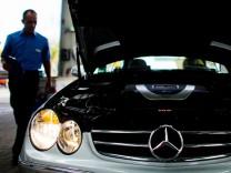 Mercedes beim TÜV