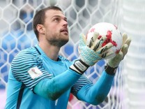 ST PETERSBURG RUSSIA JUNE 24 2017 New Zealand's goalkeeper Stefan Marinovic in their 2017 FIFA; Fußball