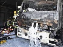 Feuerwehr in Flammen