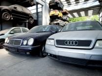 WOE-Schwerpunkt 'Das Auto Ð Modell von gestern?'