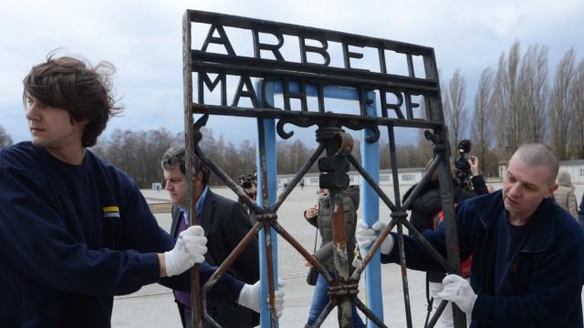 Dachau Am ursprünglichen Platz bleibt die Rekonstruktion