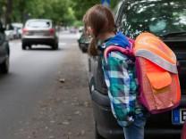 Kein Selbstläufer - Wie Eltern mit Kindern den Schulweg üben