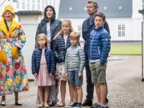 Margrethe von Dänemark und ihre Famlie in Grasten