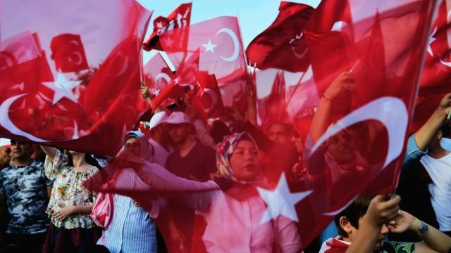Journalismus Türkische Chronik (XLIX)