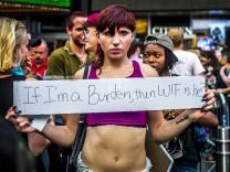 Protest gegen Transgender-Ausschluss vom US-Militärdienst