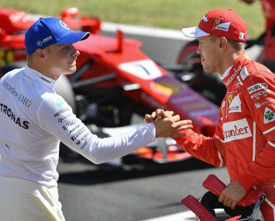Vettel trotzt Druck: