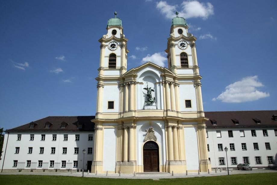 München Serie Stadtteile / BERG AM LAIM - Architektur
