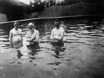 Prinzregent Luitpold im Schwimmbad