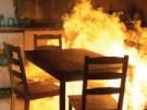 Acht Wohnungen in Flammen (Bild)