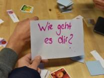 Deutschkurs für Flüchtlinge in der Bayernkaserne in München, 2015
