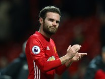 Manchester United v Hull City - Premier League; Mata