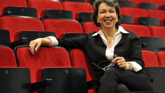 Augsburger Intendantin will Unternehmen zur Kasse bitten