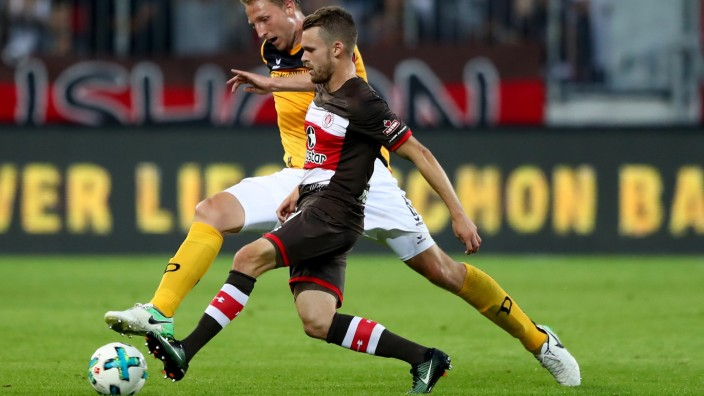 FC St. Pauli v SG Dynamo Dresden - Second Bundesliga