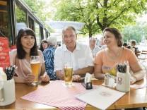 Unterhaching, Gaststätte Althaching, Bela Bach beim SPD-Stammtisch,