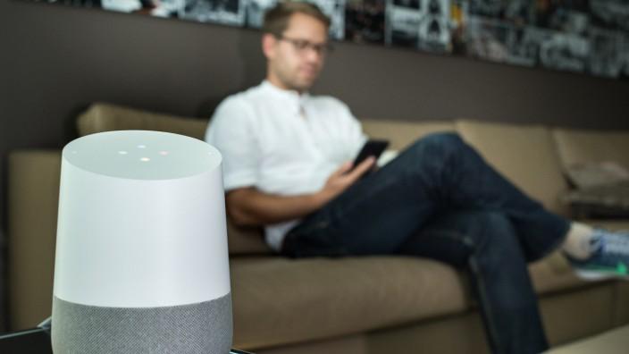 Smarter Lautsprecher mit Lernpotenzial - Google Home im Test
