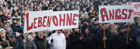 Demo von Russlanddeutschen gegen erfundene Vergewaltigung