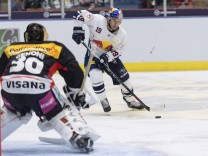 Ice hockey Eishockey Red Bulls Salute RB Muenchen vs Bern GARMISCH PARTENKIRCHEN GERMANY 11 AUG
