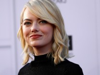 FILE PHOTO - Actress Emma Stone arrives at the 2017 American Film Institute Life Achievement Award in Los Angeles