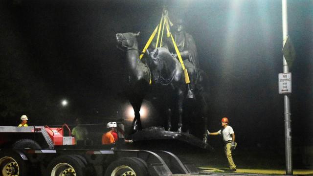 Robert E. Lee Debatte um Konföderierten-Denkmäler