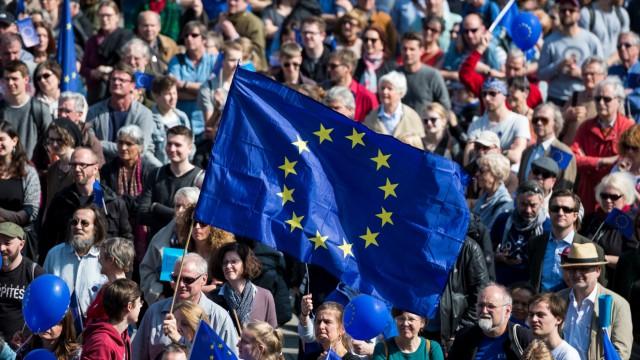 Kundgebung 'Pulse of Europe' in Berlin