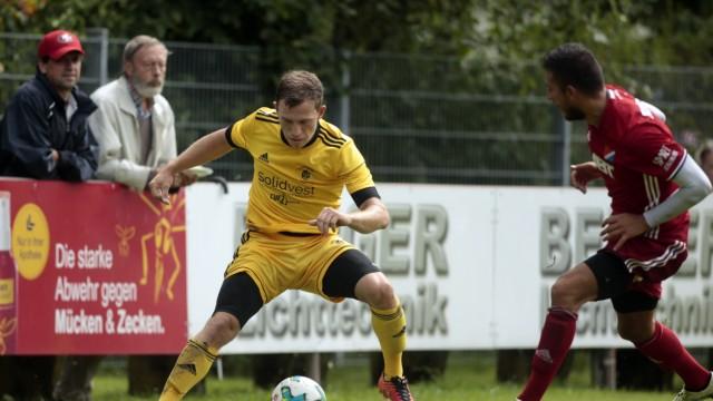 Pullach: FUSSBALL Bayernliga / SVP v TSV Kottern