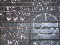 Impressionen von der Promenade Las Ramblas drei Tage nach dem Terroranschlag mit mindestens 14 Toten