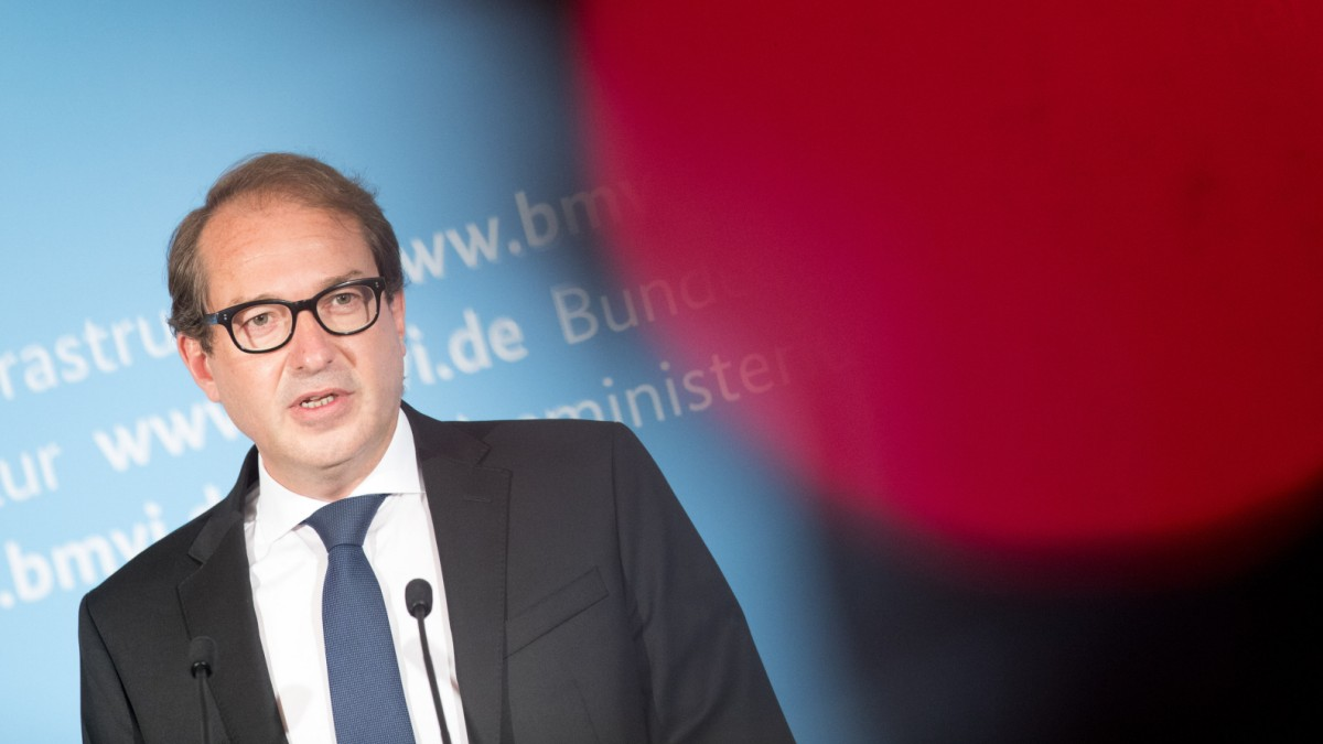 Pleite von Air Berlin: Bundesregierung blamiert sich - Wirtschaft ...