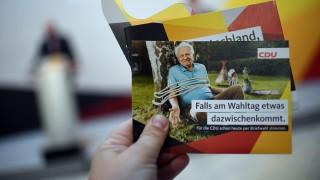 CDU stellt Werbemittel für Briefwahl vor