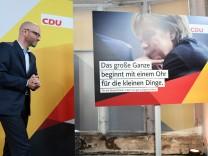 CDU-Generalsekretär Tauber stellt Wahlplakat vor