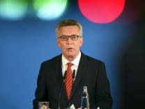 "Pressekonferenz zu Internetplattform ´linksunten.indymdedia"""