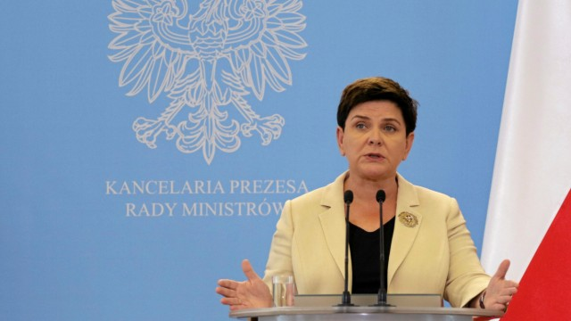 Poland's PM Szydlo speaks during news conference in Warsaw