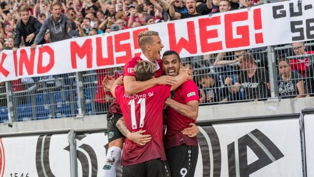 Bilder des Tages SPORT GER 1 FBL Hannover 96 vs FC Schalke 04 27 08 2017 HDI Arena Hannover