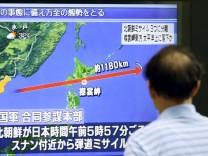 Nordkorea schießt Rakete über Japan hinweg