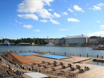 Helsinki (Hafen-Schwimmbad)